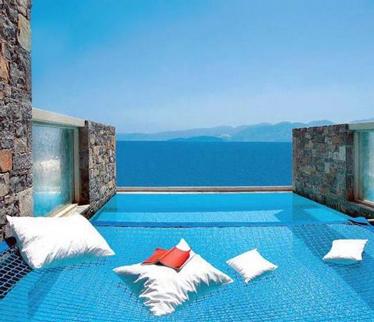 10 piscinas que voc faria de tudo para estar nelas agora for Piscinas domesticas
