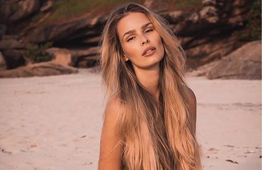 Veja fotos da modelo Miss Ela Pasion uma das 100 mais
