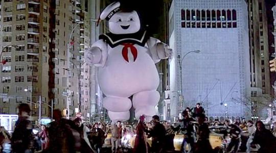10 filmes sobre fantasmas que não assustam ninguém