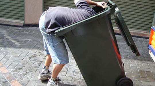 Bilhete premiado no Brasil pode estar no lixo quem achar pode receber o prêmio de R$ 3 milhões