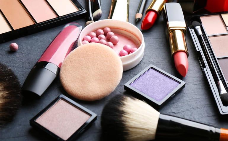 6 sites confiáveis para comprar cosméticos
